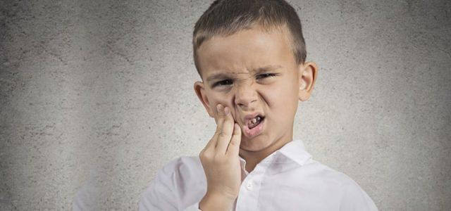 درد دندان شیری مشکلی است که با پالپکتومی به سادگی رفع می شود.